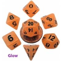 MDG: Mini Polyhedral Dice Set Glow OrangewBlack Numbers7